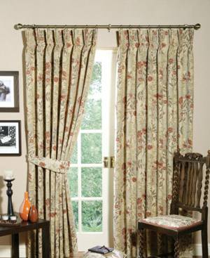 Example of Pinch pleat curtains